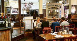 moordspel-amsterdam-restaurant-sluizer-1